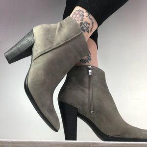 Supple Nubuck Leather Grey Ecco Shape 75 Boot